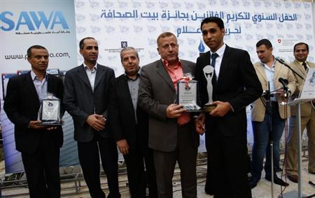 المواضيع الصحفية التى فازت بجائزة بيت الصحافة السنوية