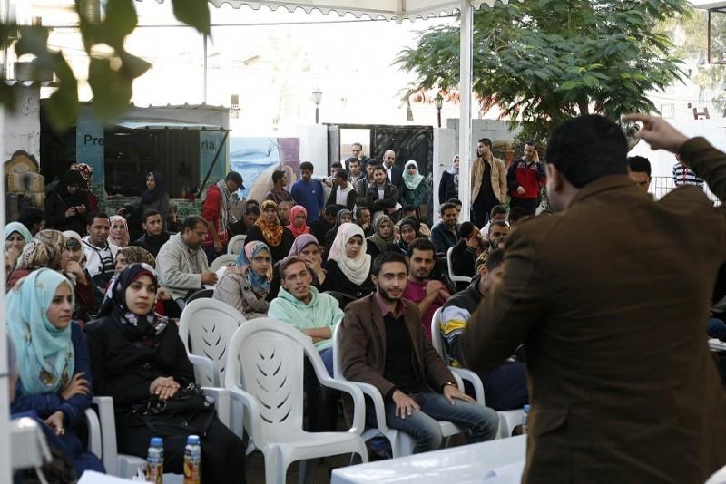 فريق صالون رؤية ينظم أمسية شعرية في بيت الصحافة