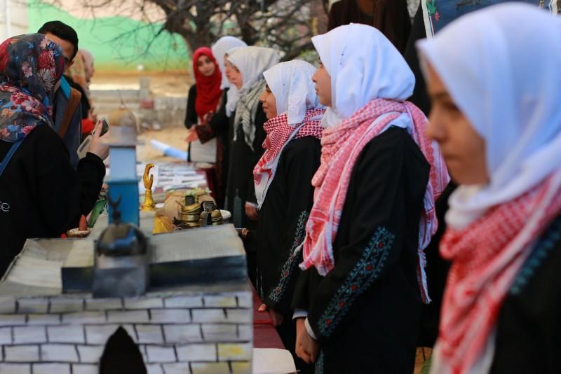 مؤسسة نيزك للتعليم المساعد والابداع العلمي تنظم معرضاً عن القدس ببيت الصحافة