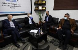 الدكتور مصطفى البرغوثي يزور بيت الصحافة