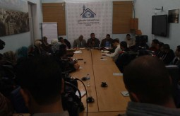 فريق الصحفيين الشباب ينظم لقاءا للمحللين الفلسطينيين برعاية بيت الصحافة