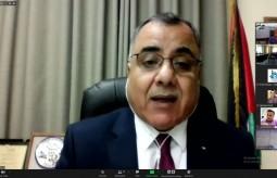 المتحدث باسم الحكومة الفلسطينية إبراهيم ملحم خلال اللقاء عبر زووم