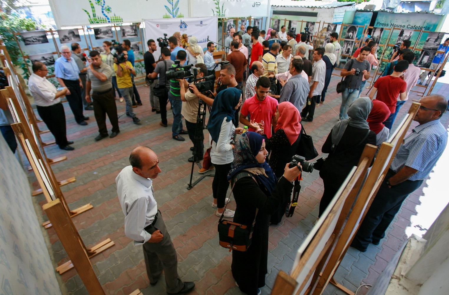 برعاية بيت الصحافة.. بيت القدس يفتتح معرضاً يوثق تاريخ فلسطين