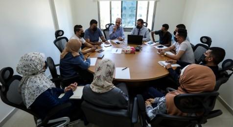 اجتماعًا تشاوريًا حول الحريات الإعلامية في فلسطين