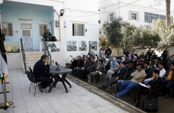 بيت الصحافة تنظم لقاءا خاصا لتبادل الخبرات بين الإعلاميين القدامى والجدد