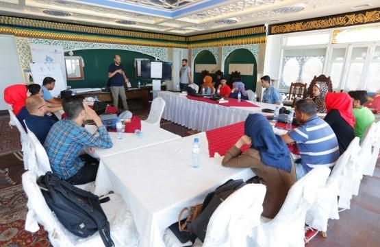 بيت الصحافة يختتم برنامج الصحفي الشامل بدورة إعداد التقارير التلفزيونية