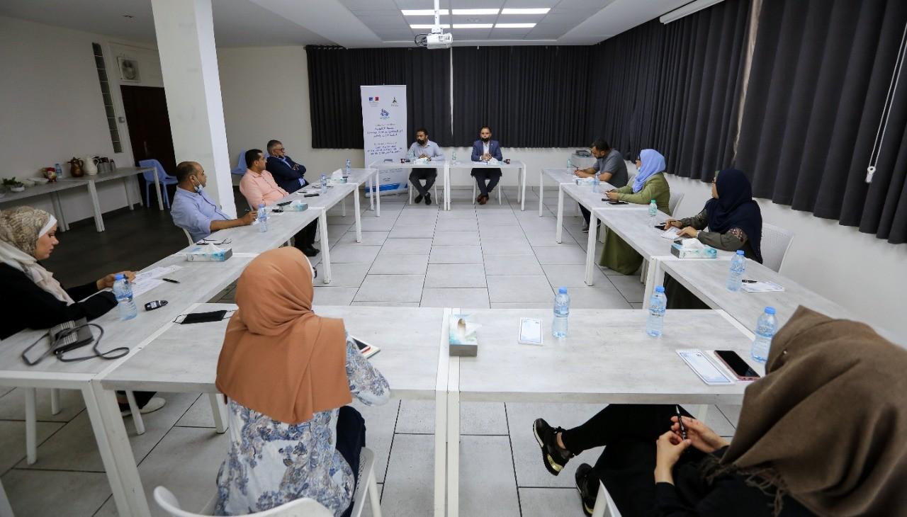 لقاء طاولة مستديرة  سُبل تعزيز الوعي القانوني للصحفيين وخريجي كليات الإعلام