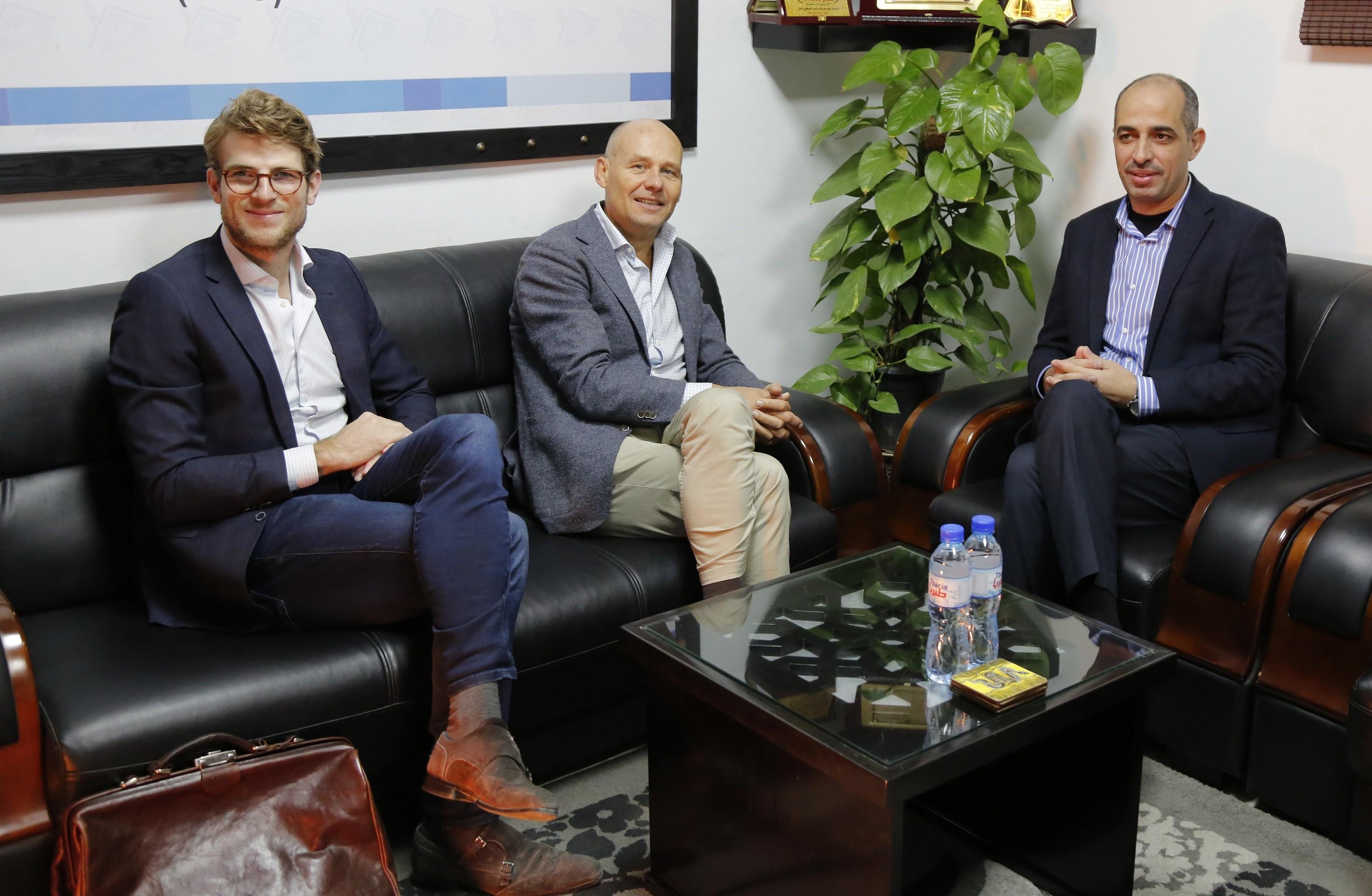 سفير هولندا يزور بيت الصحافة