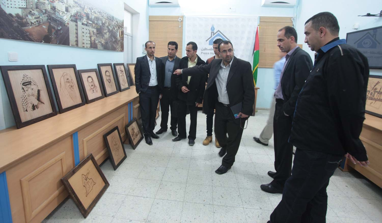 """بيت الصحافة تستضيف معرض """"الوحدة الوطنية"""" للوحات الفنية للفنان ناجي نصر"""