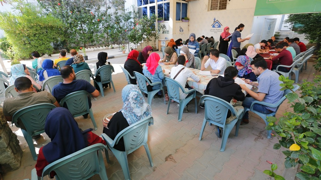 بيت الصحافة يعقد اختبار تحريري للمتقدمين لبرنامج الصحفي الشامل