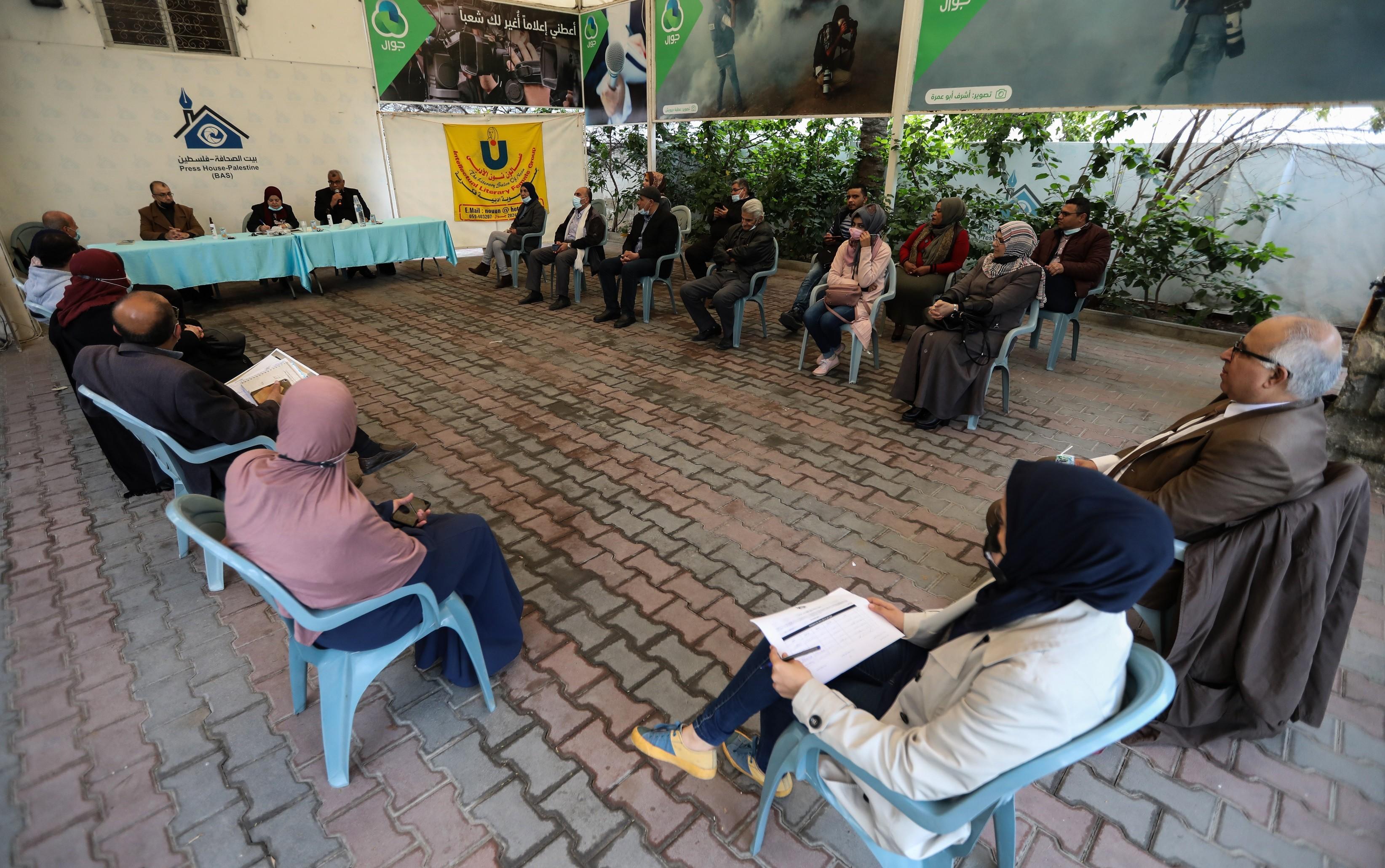 صالون نون الأدبي ينظم لقاءين أدبيين في بيت الصحافة بغزة