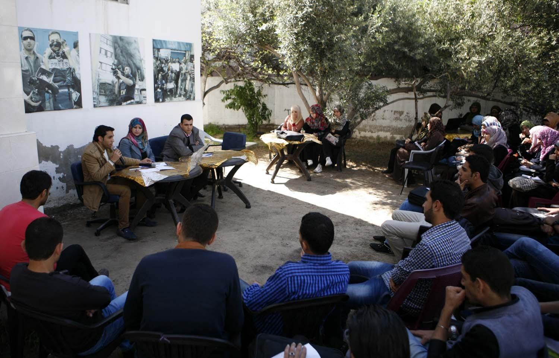 """مجموعة الإعلام الحر تنظم لقاء بعنوان """"الشباب والمراسلة التلفزيونية"""""""